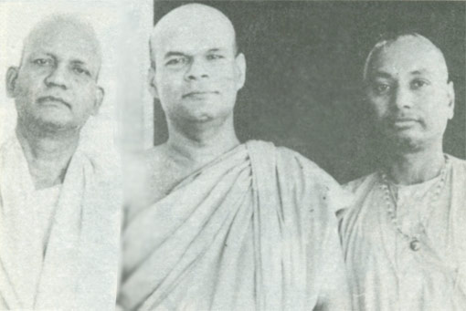SiteFiles/photos/With Dharmmananda Thera and Swami Pranavananda
